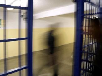 Espulsa donna dopo 11 anni carcere, fu condannata per rapina e omicidio