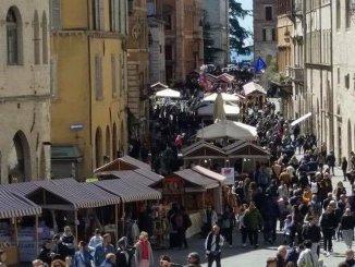 La grande fiera di Pasqua sbarca in centro storico a Perugia