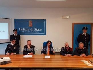 Droga dall'estero a Perugia tramite pacchi postali, Polizia smantella sodalizio criminale