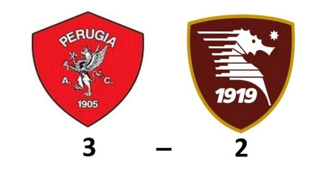 Il Perugia batte la Salernitana al Curi 3-2 e conquista i play off