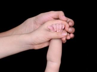 Juan figlio di Chiara e Laura Comune Perugia non trascrive atto nascita