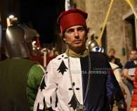 Perugia 1416, bagno di folla per l'arrivo di Braccio in notturna