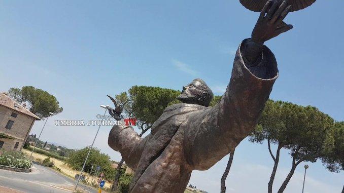 Finalmente si inaugura la statua di San Francesco, ecco come è realizzata