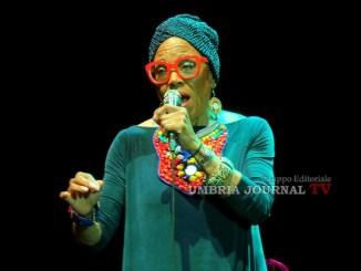 Umbria Jazz,Dee Dee Bridgewater, soul e blues all'Arena Santa Giuliana