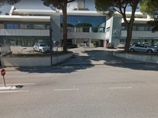Sul posto indagano i carabinieri della compagnia di Perugia