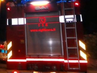 Incidente stradale sulla E45, tre auto si scontrano, muore una persona
