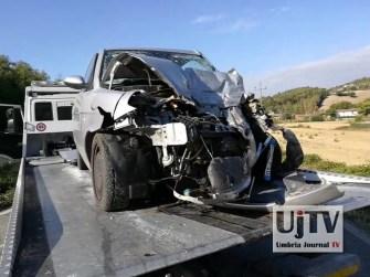 Incidente stradale mortale Perugia frontale auto furgone, muore donna (2)