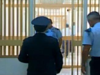 Spedizione punitiva al carcere di Terni, detenuti aggrediscono un altro detenuto
