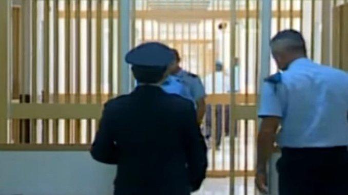 Polizia arresta ladro seriale aveva svaligiato anche villa a San Marco di Perugia