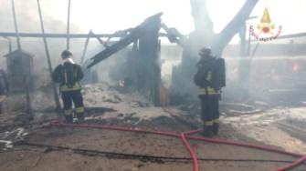 incendio-falegnameria-marsciano (2)