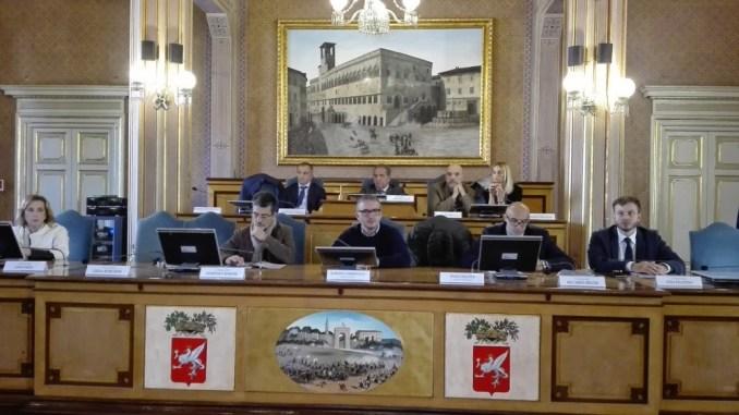 Provincia Perugia, approvato il bilancio di previsione 2017 e triennale 2017-2019