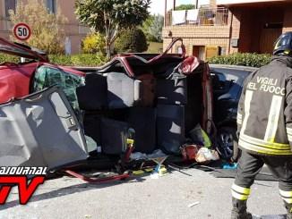 Perugia, incidente stradale a Colombella, scontro tra due auto e camion, un ferito [FOTO]