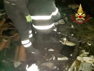 Incendio a San Giovanni di Baiano a Spoleto, tetto palazzina prende a fuoco