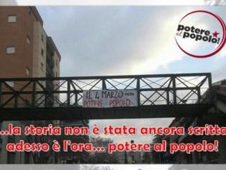 Potere al popolo, elezioni, comparsi striscioni sui cavalcavia di Perugia