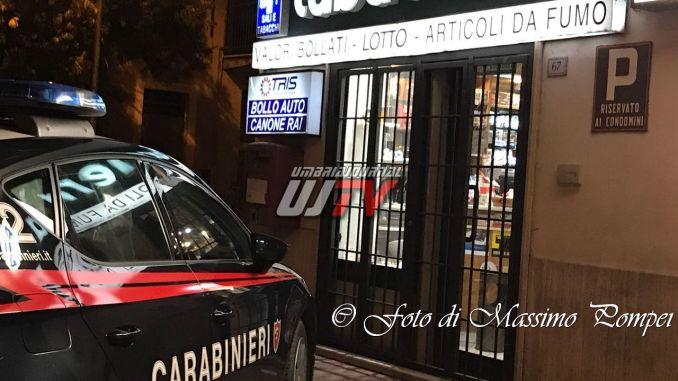 Rapine Perugia a sala scommesse e tabaccheria, indagini in corso
