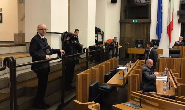 Protesta Gandiana in Consiglio Regionale dell'Umbria di Claudio Ricci