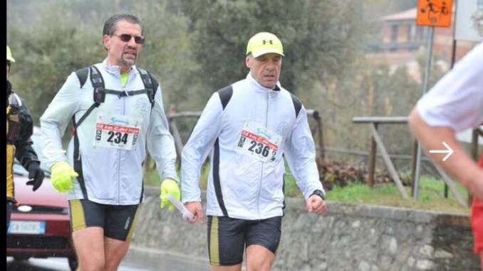 L'eroe che fece l'impresa, podista non vedente all'ultramaratona del Lago, la Strasimeno