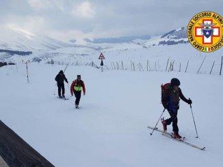 Sfiorata tragedia Sibillini escursionista cade, Sasu, 118 e Icaro lo salvano