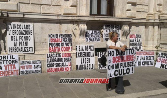protestaa-associazioni-disabili (5)