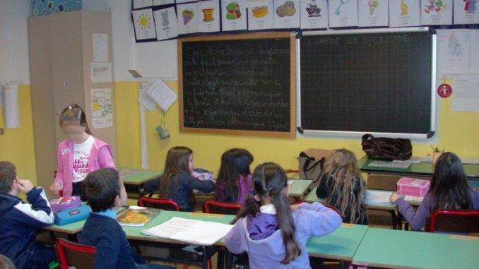 Commissariamento comune Terni incognite su fornitura libri scuola primaria