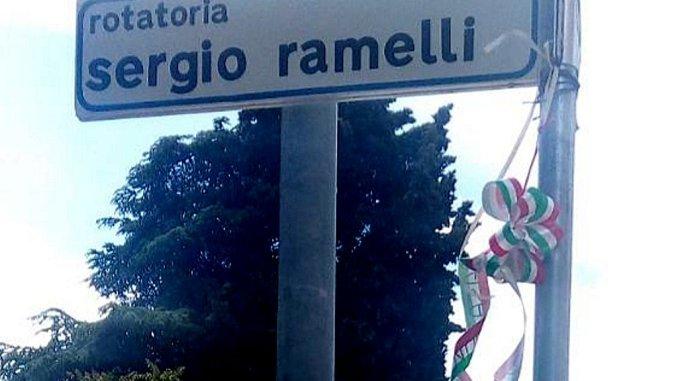 CasaPound, tolta nostra corona dalla rotatoria Ramelli