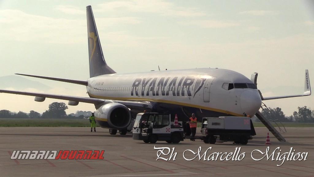 Tamponi a 117 passeggeri provenienti da Malta con volo Ryanair