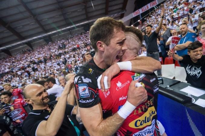 Volley, la Sir Safety è campione d'Italia, super Perugia, grande Perugia