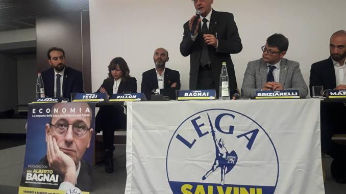 Il Senatore Lega Alberto Bagnai registra il tutto esaurito