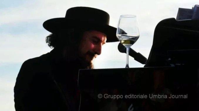 """Musica: torna """"Moon in june"""", tra il lago Trasimeno e Gubbio Extraliscio al Teatro Romano il 19 agosto"""