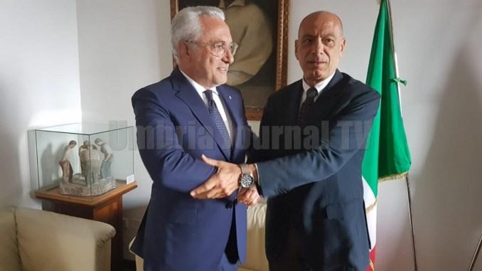 Prefetto Raffaele Cannizzaro saluta Procuratore Generale Fausto Cardella