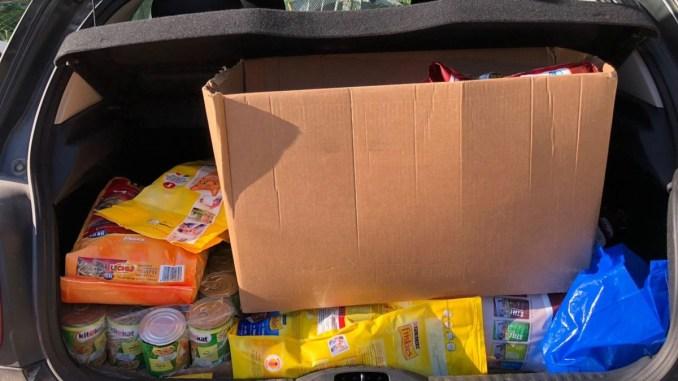 Casapound ambientalista Foresta che Avanza raccolta cibo cani e gatti