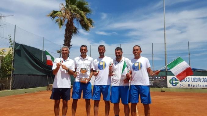 Scudetto per lo Junior Tennis Perugia Over 40 Maschile sul tetto d'Italia