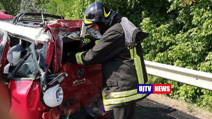 Incidente E45 Umbertide, donna in fin di vita, venti medici per salvarla