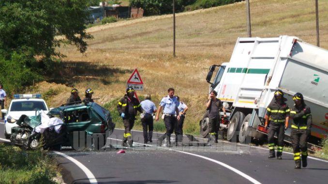 Incidente mortale a Ponte Rio di Perugia, muore un uomo, ferita gravemente una donna