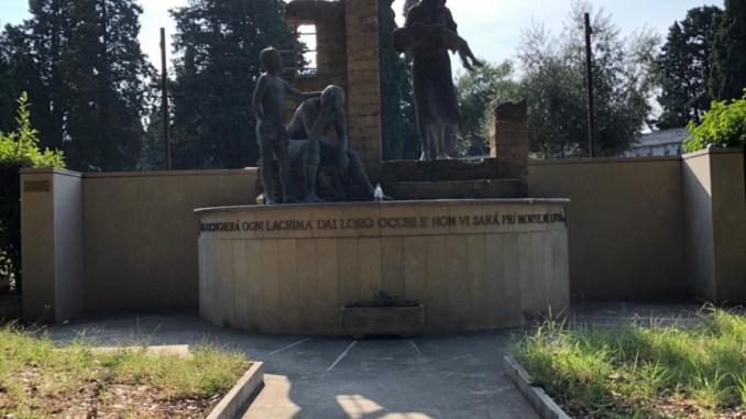 CasaPound riqualifica monumento per le vittime dei bombardamenti anglo-americani