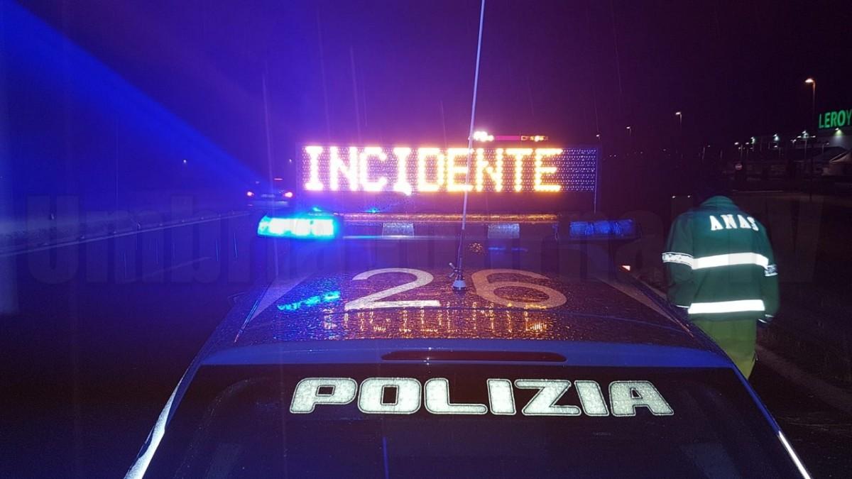 Incidente sulla E45 a San Giustino, 8 veicoli coinvolti, tutto bloccato
