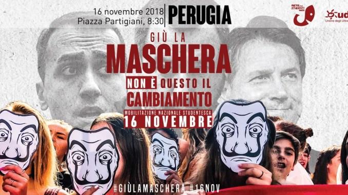 Giù la maschera protesta studentesca a Perugia, corteo fino in Centro storico