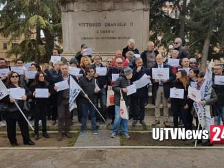 Giornalisti e società civile uniti a difesa della libertà di stampa #giùlemanidallinformazione