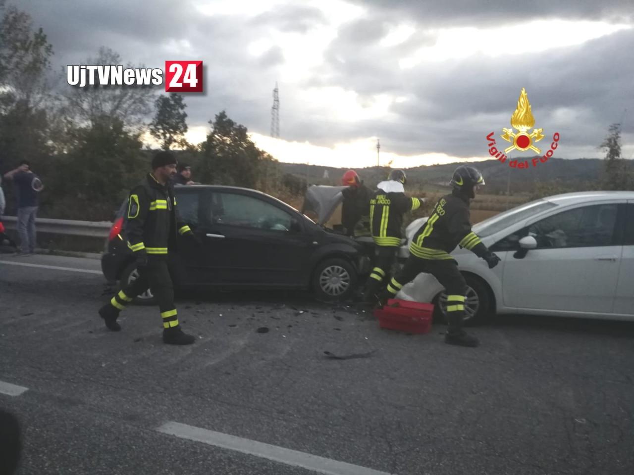 Incidente stradale a Gubbio, un ferito, è stato trasportato all'ospedale di Branca