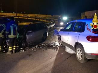 Incidente stradale a Perugia, sulla rampa del raccordo, due feriti lievi