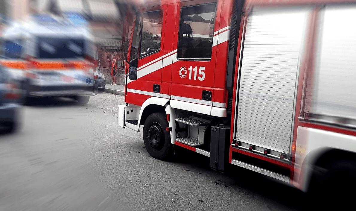 Incidente stradale mortale a Ponte della Pietra, la vittima è un uomo di 44 anni