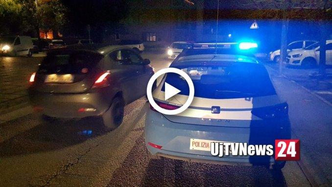Auto polizia speronata da un'Audi rubata, banda di ladri in fuga [VIDEO]