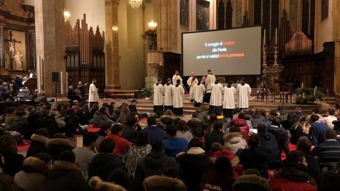 Celebrata la Veglia di preghiera di Avvento dei giovani