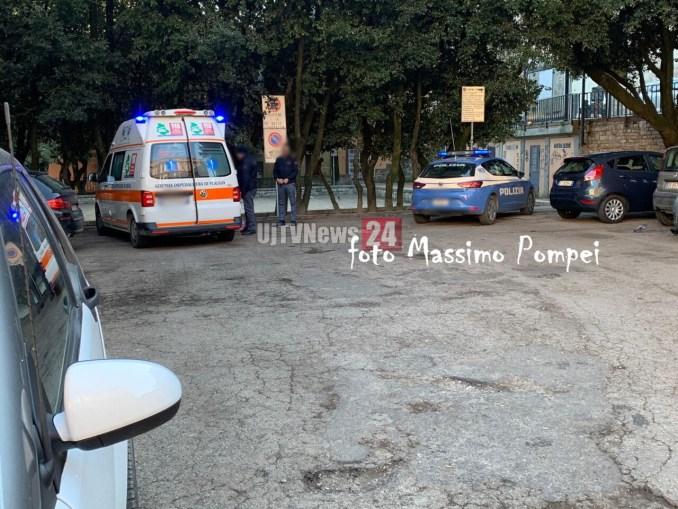 Malore in piazza Grimana a Perugia, muore straniero del 92 probabile overdose [foto]