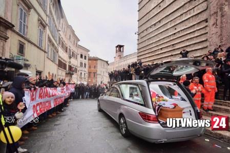 funerale-leonardo-cenci (83)