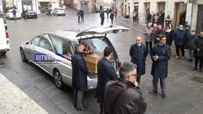 Ciao Leo, Perugia ti vuole bene e oggi te lo ha dimostrato, i funerali