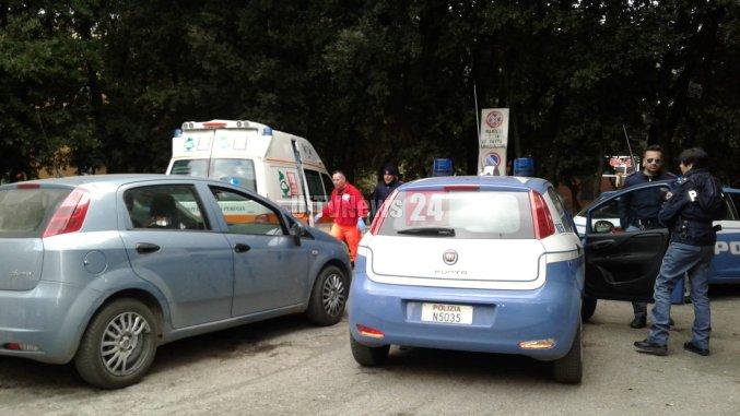 Malore in piazza Grimana a Perugia, straniero si accascia a terra, probabile overdose