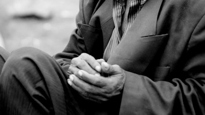 Muore da solo, ritrovato dopo un mese, le parole di Don Alessandro