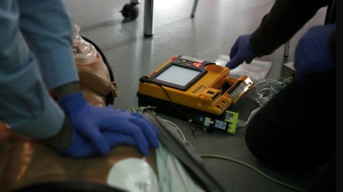 Saper usare il defibrillatore salva la vita, ci sono gli Angeli del cuore