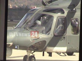 Foto gallery dell'elicottero che ha effettuato atterraggio di emergenza